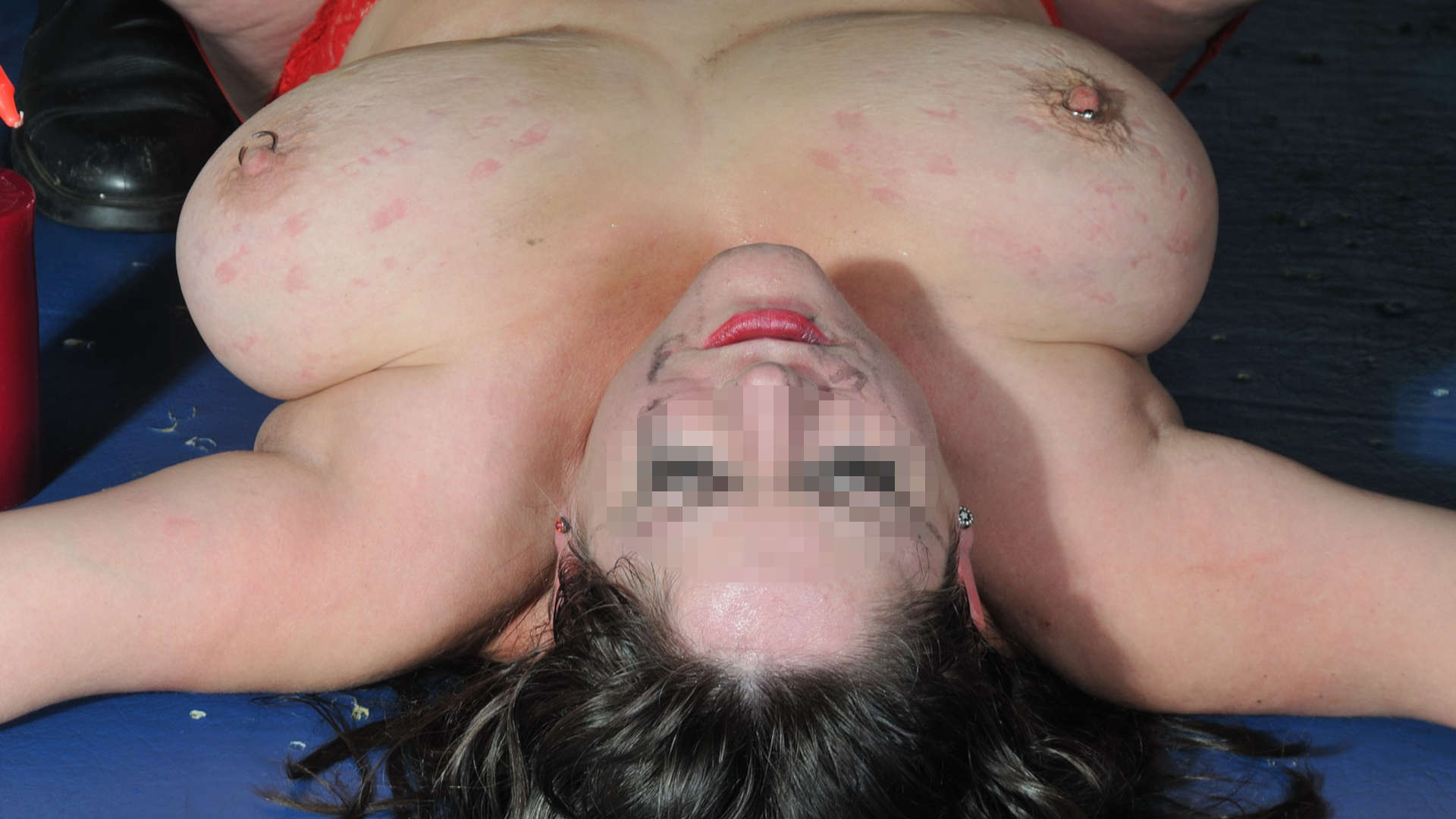 schiava gola profonda